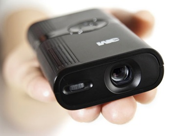3M MPro pocket projector